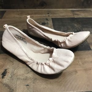 American Eagle Outfitters Baby Pink Ballet Flats